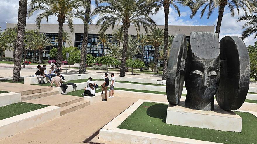 La UMH adecuará el entorno de La Galia para homogeneizar la estética de su campus en Elche