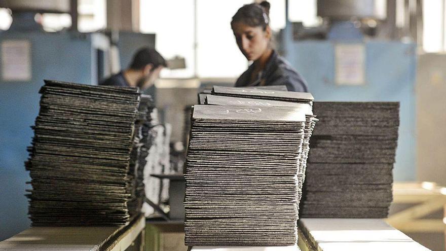 Valdeorras y Quiroga buscan colocadores de pizarra para trabajar en varios países