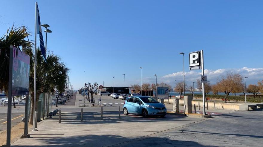 El Port Esportiu de Roses licita renovació de pantalans, boies de fondeig i control d'accés