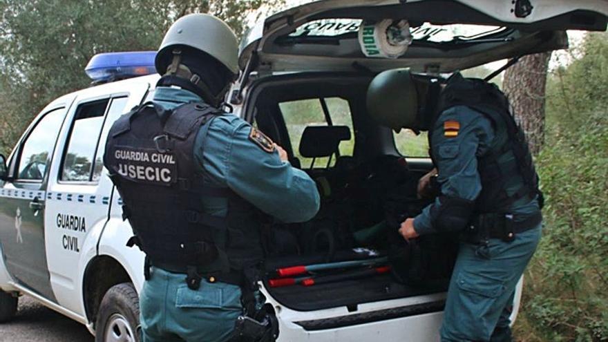 Arrestado en Consell tras atrincherarse en la casa de su expareja