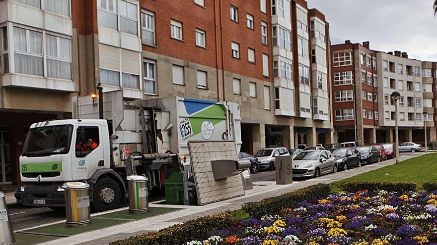 El mantenimiento de locales y la compra de vehículos y material mueven 1,5 millones