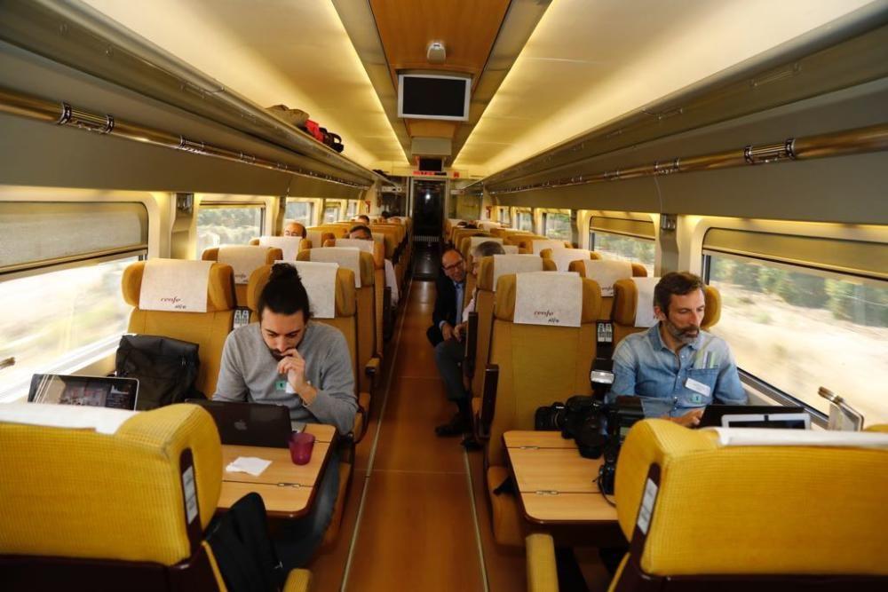 Viaje inaugural del nuevo AVE Madrid-Castelló.