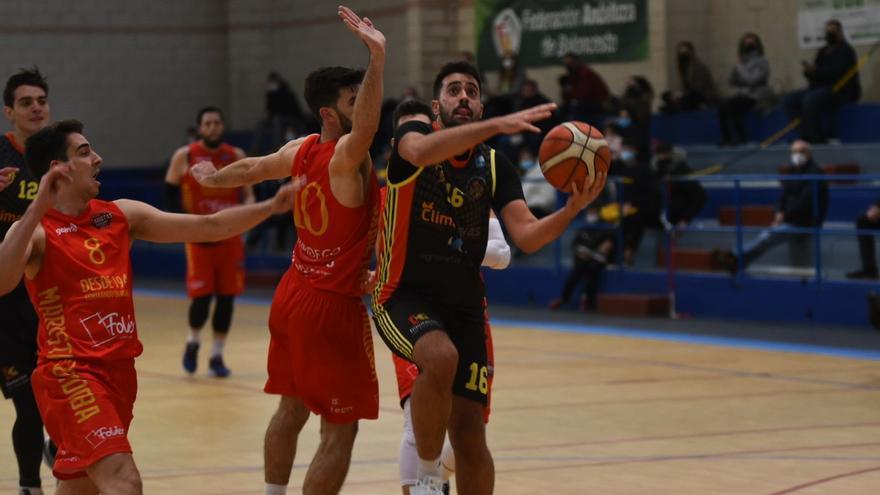 El Peñarroya de baloncesto renueva a José Varo y ya conoce a sus rivales