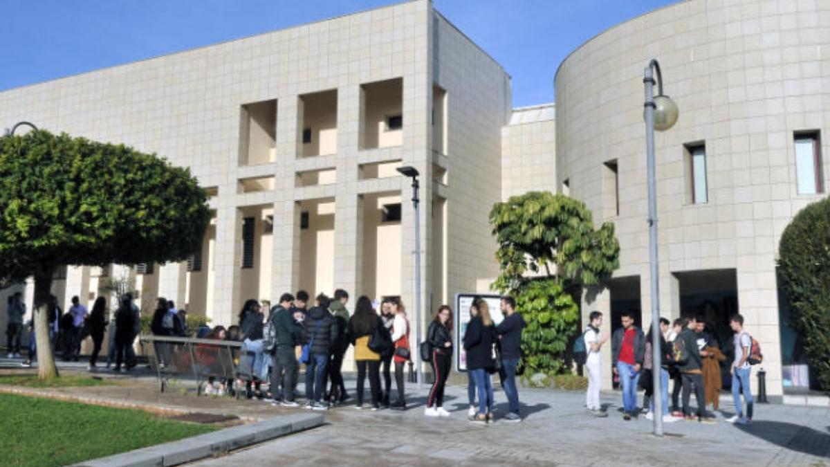 Aulario del Campus de Guajara.