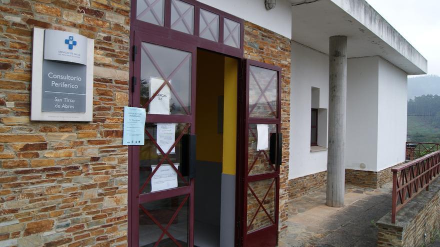 San Tirso de Abres recupera el médico a jornada completa tras casi dos años sin titular