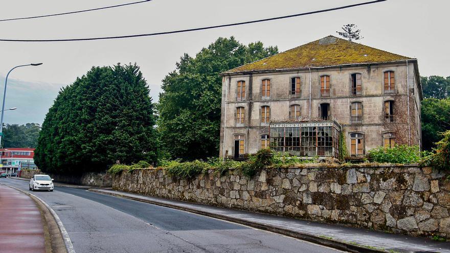 Patrimonio en ruinas: Siete edificios singulares condenados por el abandono y la maleza