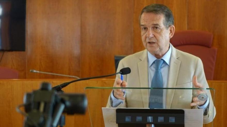 Los alcaldes se reunirán este lunes tras el fracaso del decreto de remanentes