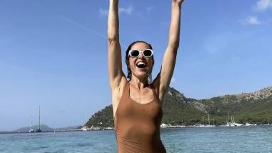 """Raquel Sánchez Silva, un chapuzón en el """"paraíso"""" de Formentor"""