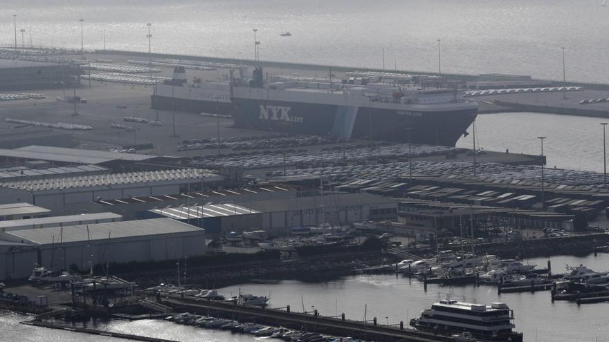El Gobierno potencia los enlaces ferroviarios de los puertos mediterráneos y obvia Bouzas
