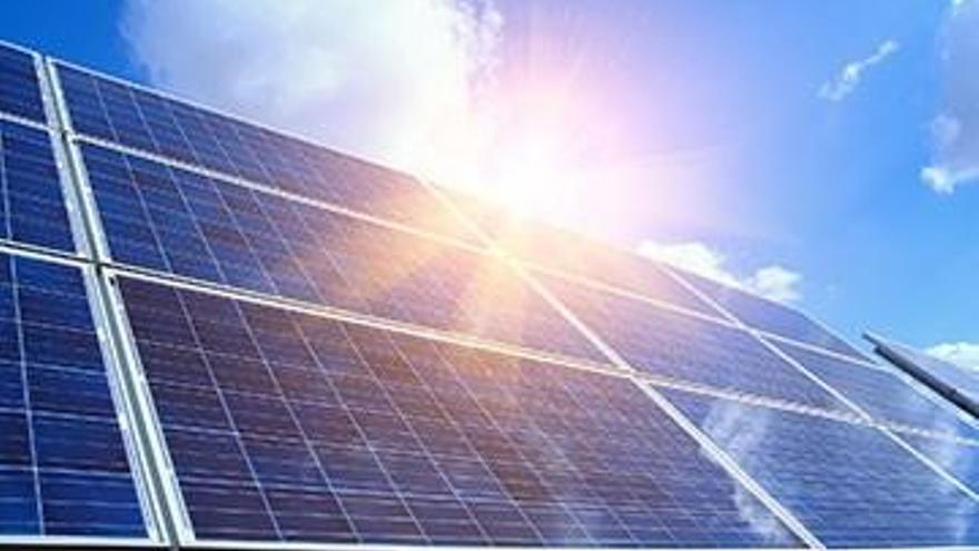 Un estudi identifica els terrenys aptes o molt aptes per implantar parcs solars