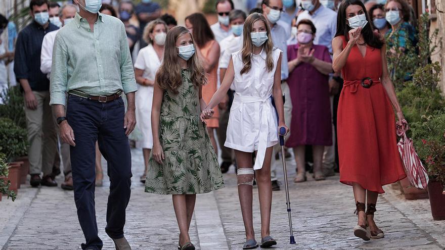 Debate médico sobre el uso de la muleta por parte de la infanta Sofía