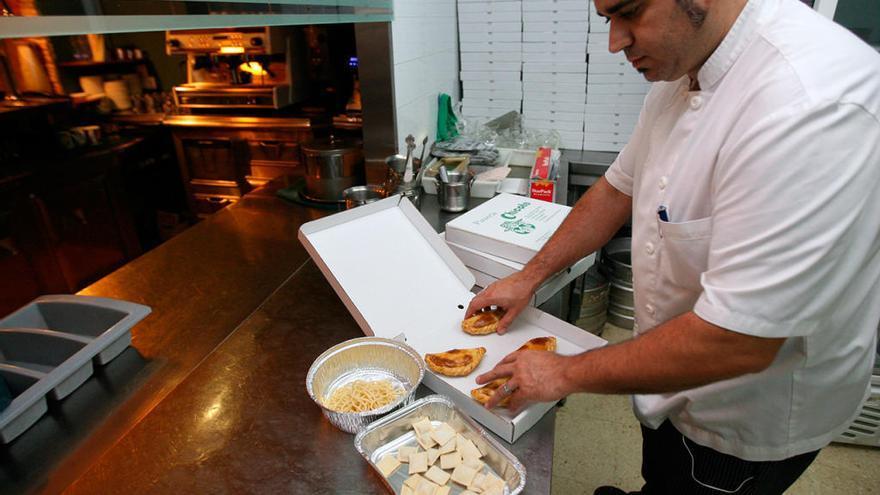 Los restaurantes gallegos deberán ofrecer los restos de comida a los clientes a partir del año próximo