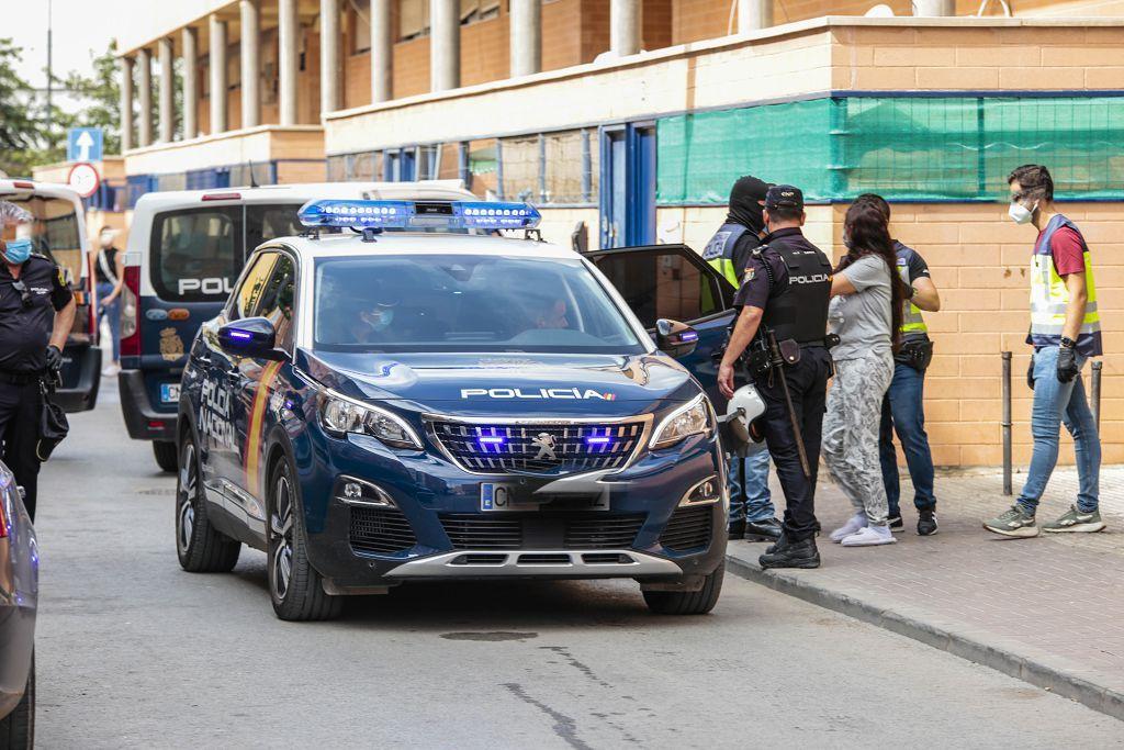 Intervención policial. Menudeo, gallos y tortugas en Ministriles, Lorca-3633.jpg