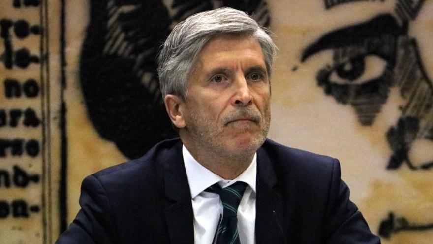 Marlaska condecora Enric Millo, delegat del govern espanyol durant l'1-O