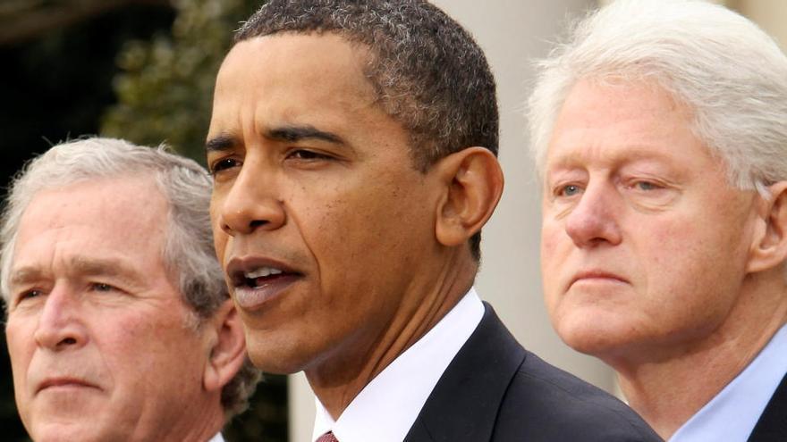 Obama, Bush y Clinton se ofrecen voluntarios para vacunarse públicamente