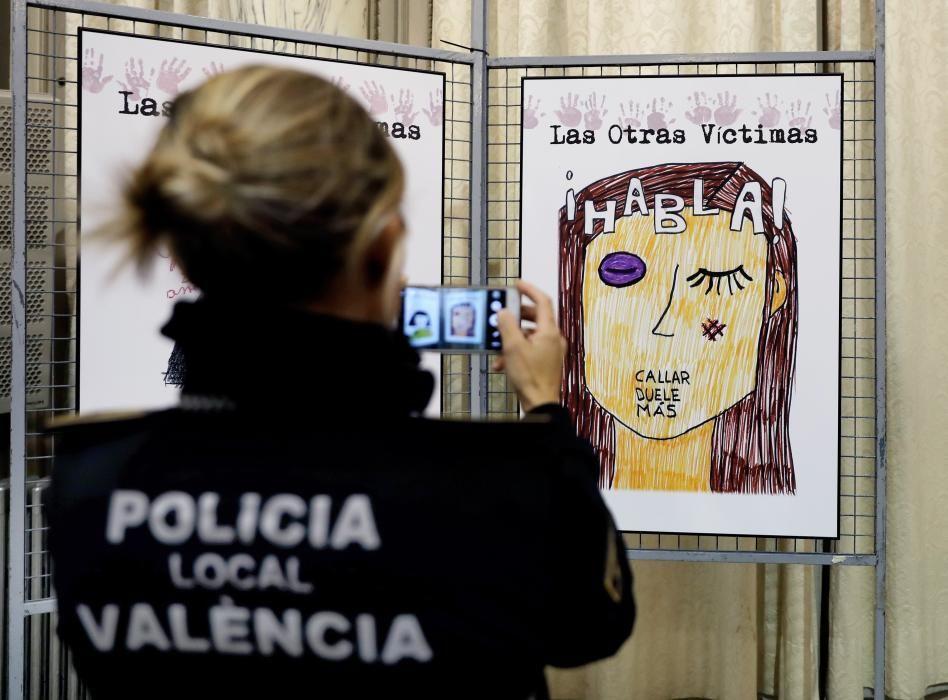"""Exposición """"las otras víctimas"""""""