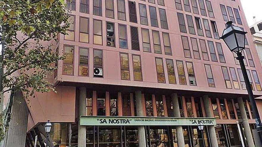 Sa Nostra desvió 7,6 millones a otra operación de alto riesgo de Gual
