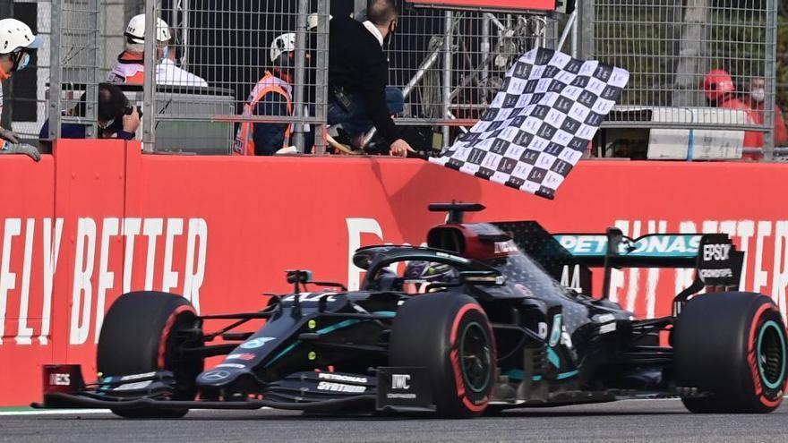 Hamilton fa campió Mercedes a Imola i Sainz acaba setè
