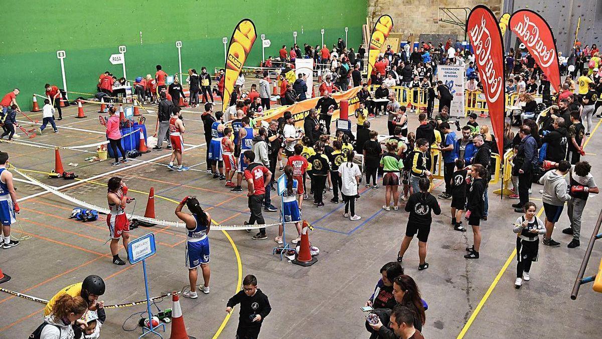 Deportistas en una competición alternativa celebrada en las instalaciones de Riazor.