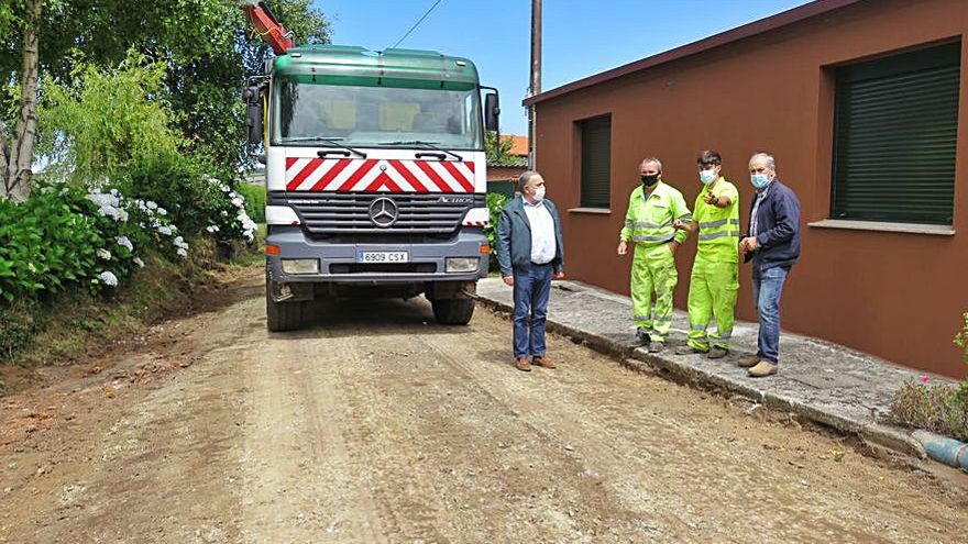 El Concello larachés mejora un camino en O Cancelo