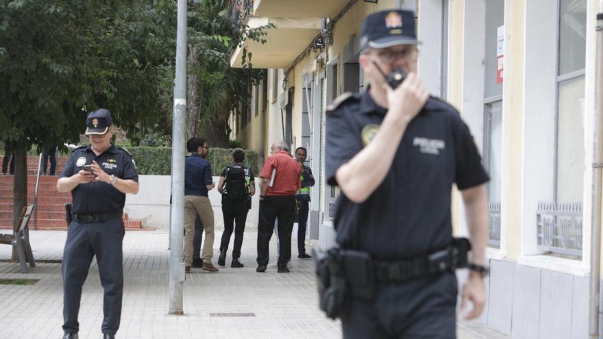 Internamiento por intentar matar a su abuelo de 80 años a navajazos en Valencia
