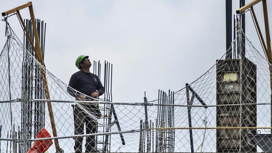 Sin obreros en la construcción