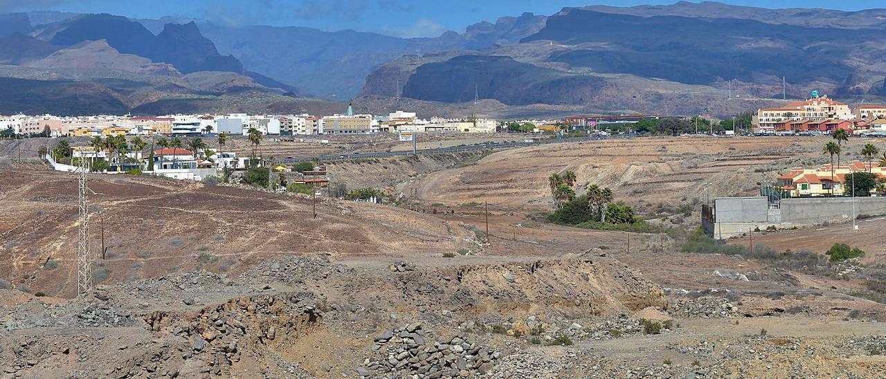 San Bartolomé da vía libre a las obras del parque comercial de El Hornillo