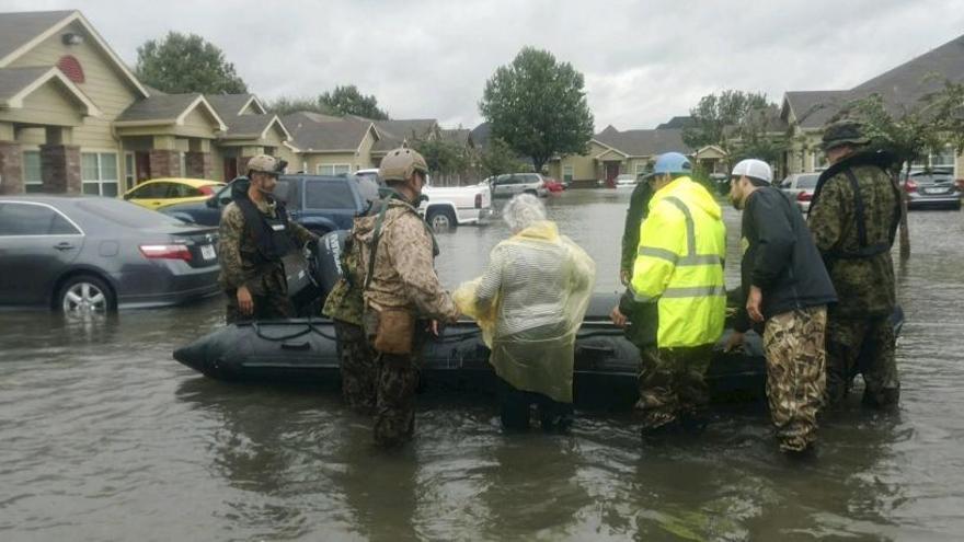 Harvey azota Luisiana tras dejar 35 muertos en Texas