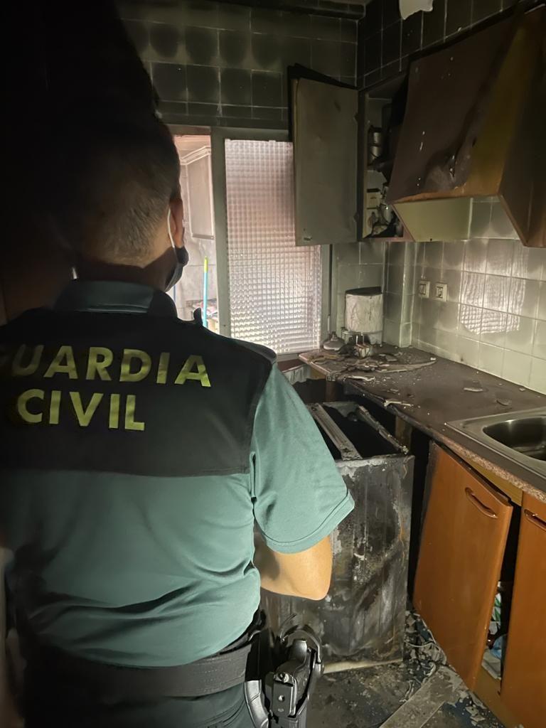 Cinco personas asistidas por inhalación de humo en el incendio de una casa en SIlla
