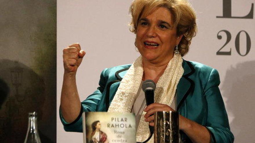 Llibres dels periodistes Pilar Rahola, Gemma Ruiz i Rafel Nadal triomfen entre les personalitats del país per Sant Jordi