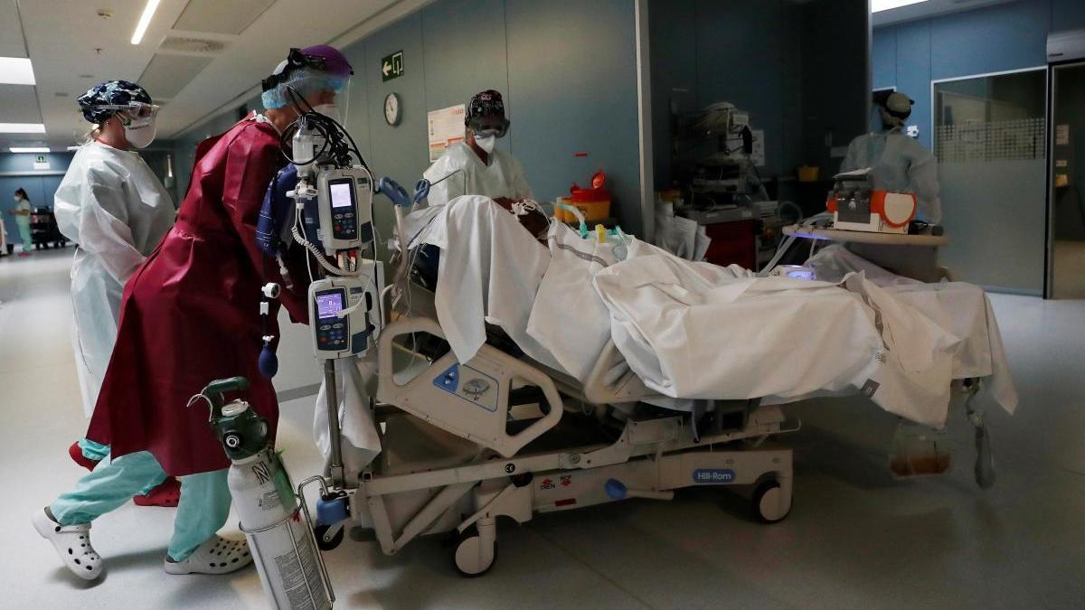 Un paciente en el Complejo Hospitalario de Navarra.