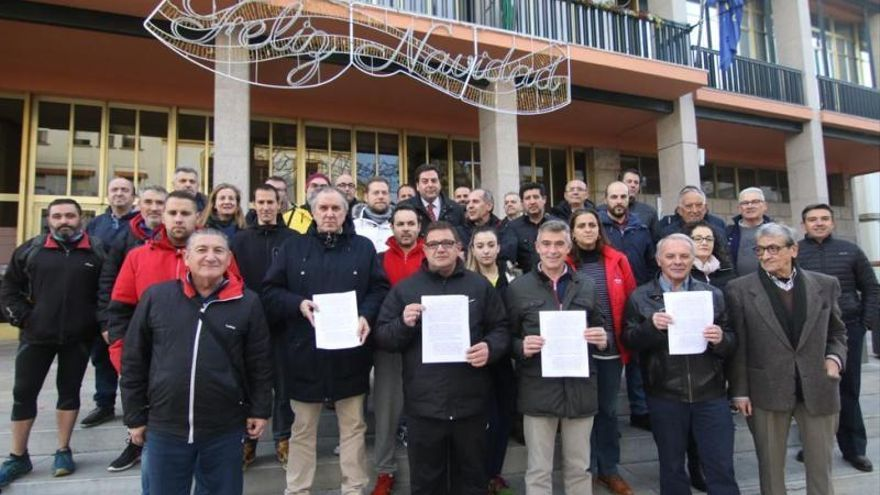 65 clubs presentan al Imdeco un escrito de protesta antes de la reunión de su Consejo Rector