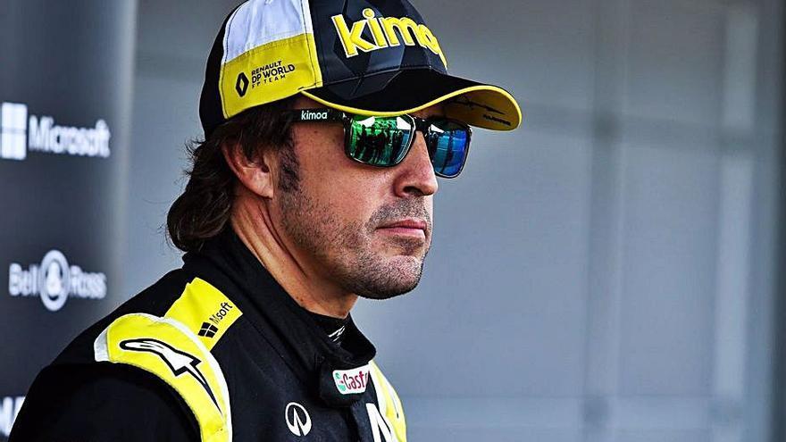 Alonso vuela en los ensayos de Abu Dabi con el Renault RS 20