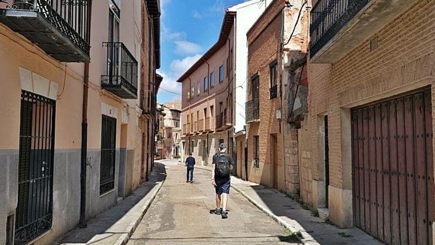 El Ayuntamiento de Toro renovará las obsoletas tuberías de agua de la calle Candeleros