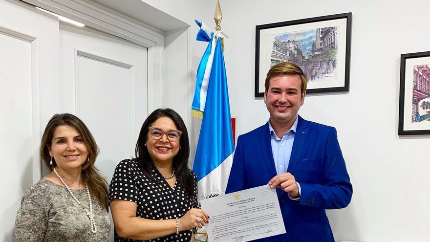 El abogado Manuel Zalba, cónsul honorario de Guatemala en Zaragoza