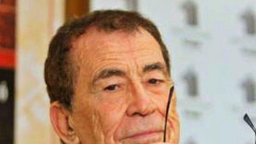 Sánchez Dragó, Laura Falcó y Jerónimo Tristante, en la XXI Semana de la Novela Histórica