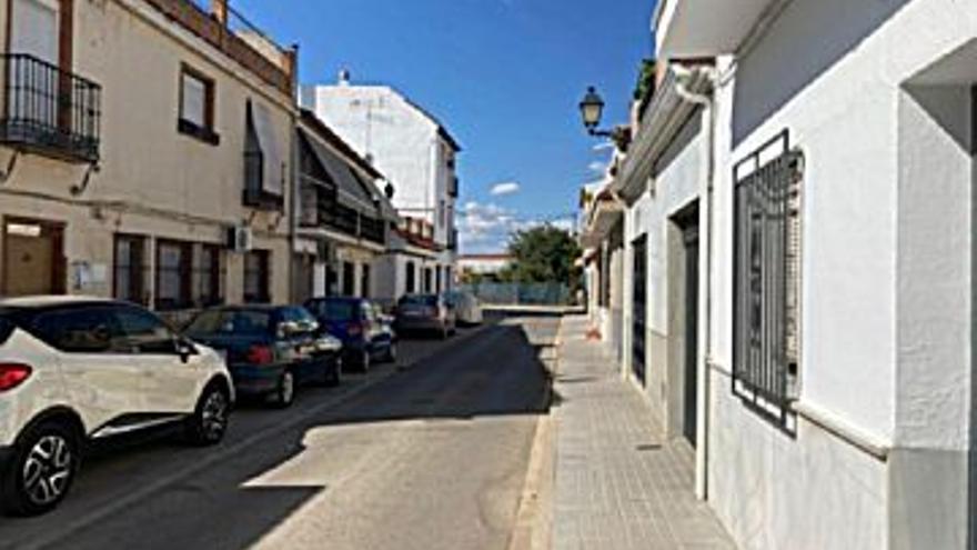 107.500 € Venta de casa en Palma del Río, 3 habitaciones, 2 baños...