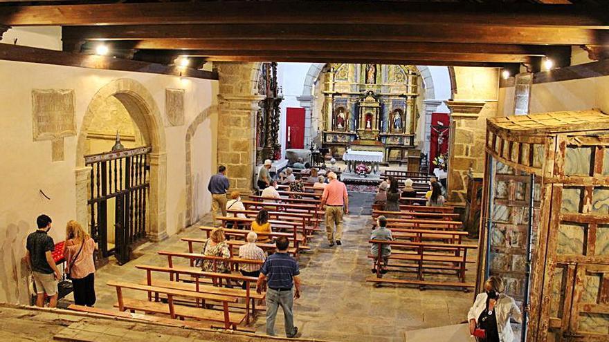 La iglesia de Terroso reabre sus puertas