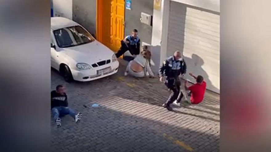 Los tres detenidos en la polémica intervención policial en Arrecife quedan en libertad provisional