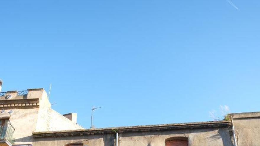 Una vuitantena d'edificis de Figueres presenten deficiències a l'estructura