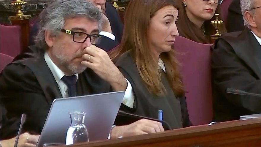 Els advocats Jordi Pina i Marina Roig parlaran a Sant Vicenç sobre el judici del procés