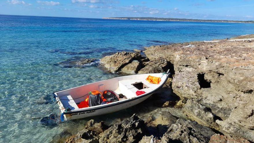 Llegan a Mallorca 31 migrantes en dos pateras