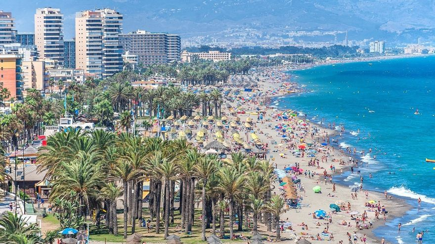 Torremolinos cierra el segundo trimestre con más de 2.400 contratos en el sector turístico y del comercio