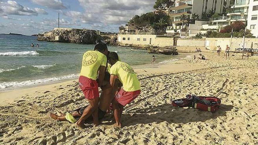 El servicio de Salvamento evitó trece ahogamientos en cuatro años