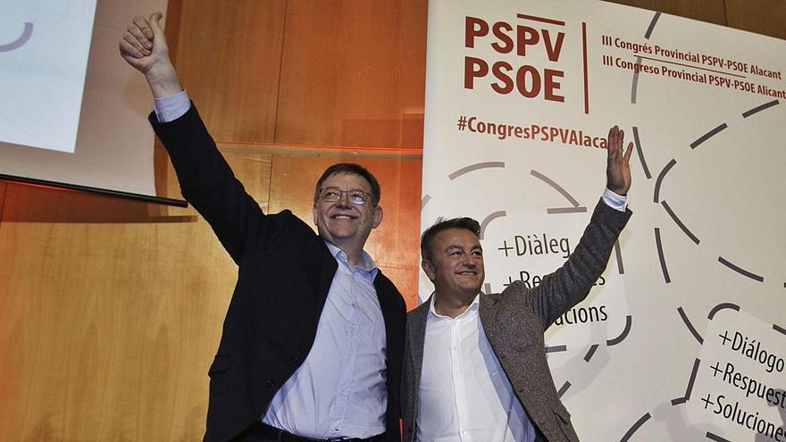 El presidente de la Generalitat, Ximo Puig, y el secretario general de los socialistas en la provincia, José Chulvi.