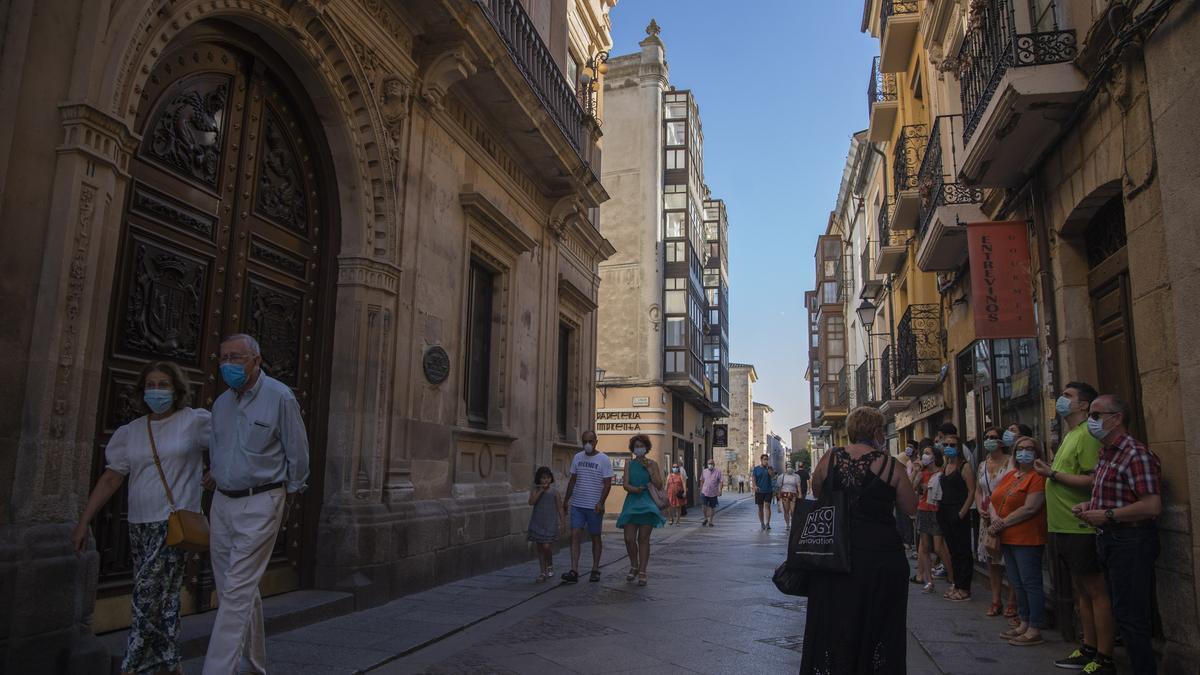 Turistas de visita por Zamora