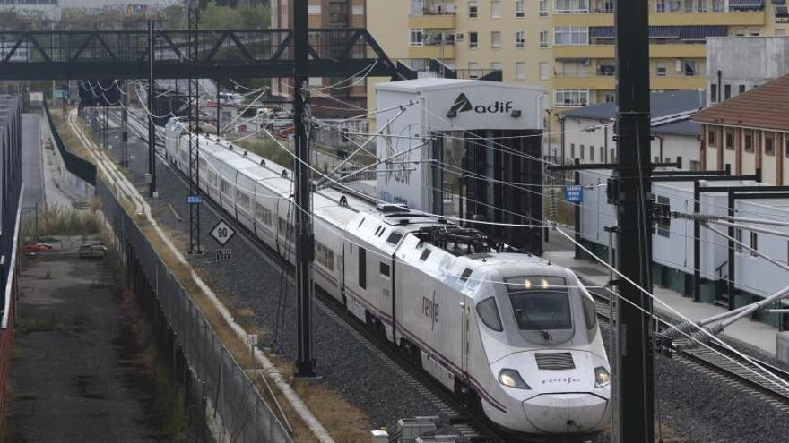 La venta de billetes de tren Zamora Madrid, bloqueada a la espera del AVE de Pedralba