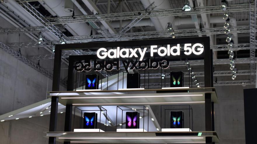El 'smartphone' flexible Samsung Galaxy Fold sale a la venta en España