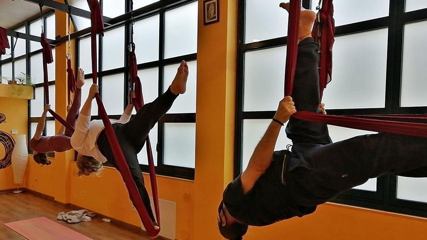 Los vigueses buscan un punto de relax: el yoga coge fuerza