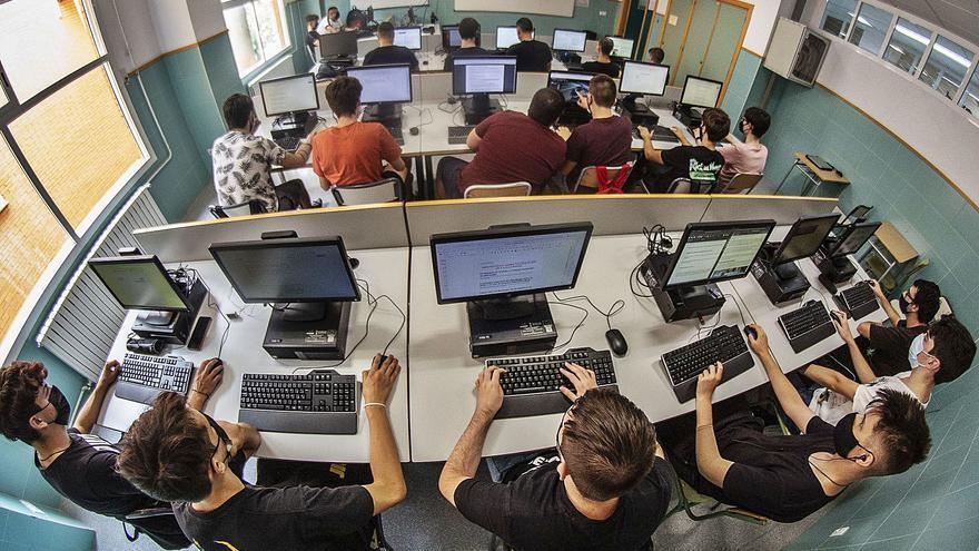 Educación oferta 300 plazas extra de FP para repescar a alumnos en lista de espera